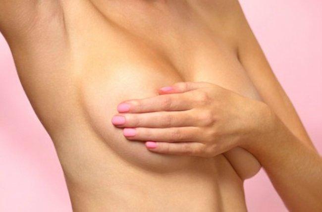 грудь ощупывание на уплотнения