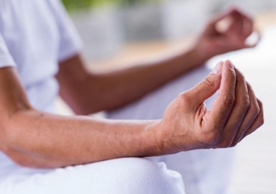 Йога и управляемое дыхание уменьшают депрессивные симптомы