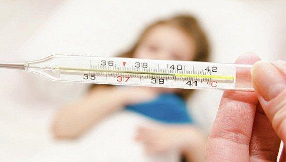 Ученые выяснили, кто сильнее страдает от простуды