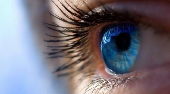 Названа главная причина плохого зрения у детей